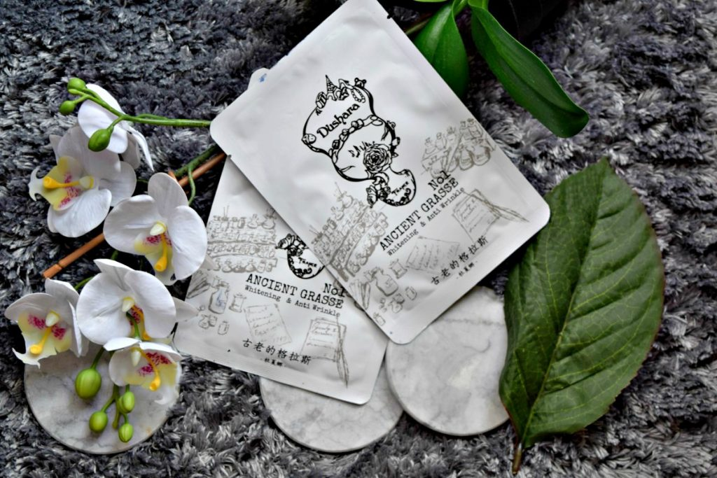 Sustainable Fashion Vibes – Dushara Face Mask